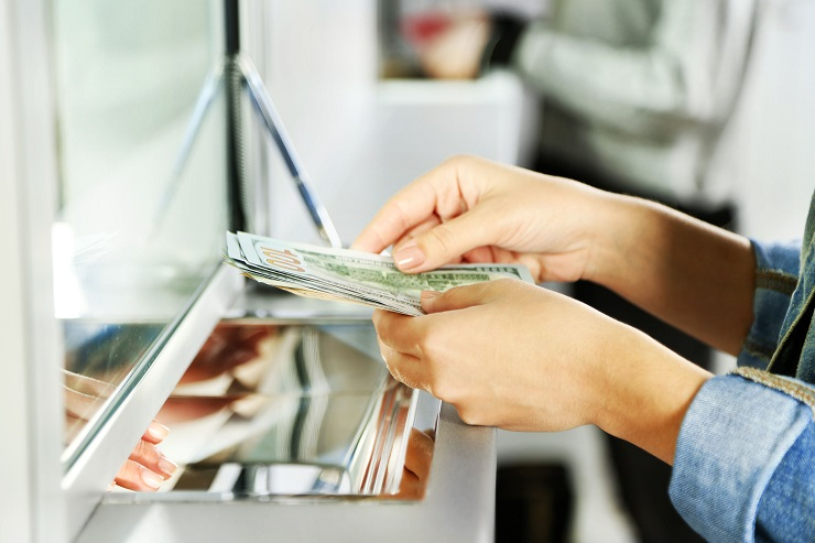 International Currency Exchange Rates: When You Live and Work in Different Countries