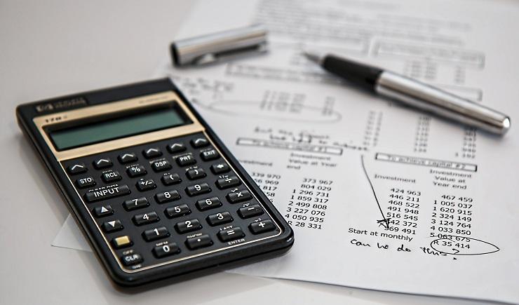 calculator-and-expense-sheet