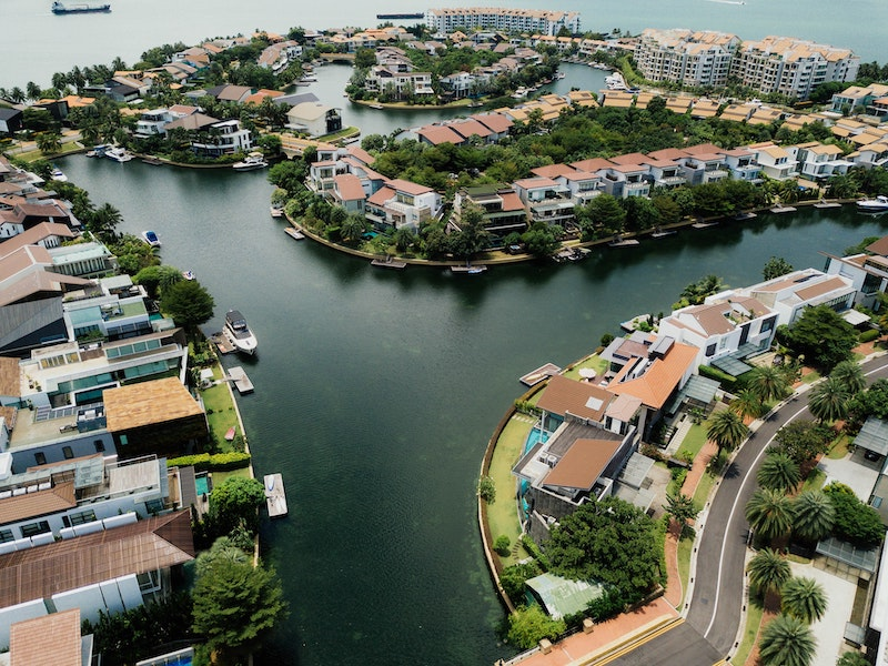 Purchasing Real Estate Abroad? What to Look For