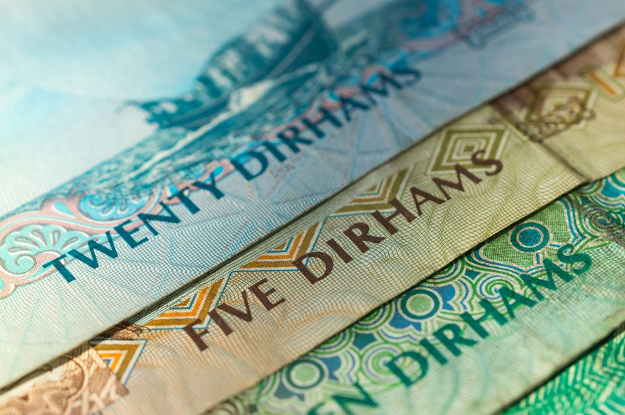 Guide to UAE and AED: From Cost of Living to Tipping