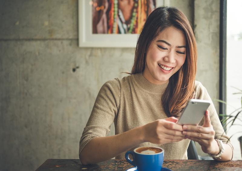 Expert Tips on Building an International Professional Network Using Social Media